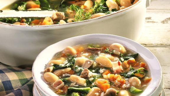 Rezept: Toskanische Bohnensuppe mit Schweinefleisch