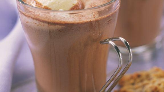 Rezept: Trinkschokolade mit Vanilleeis