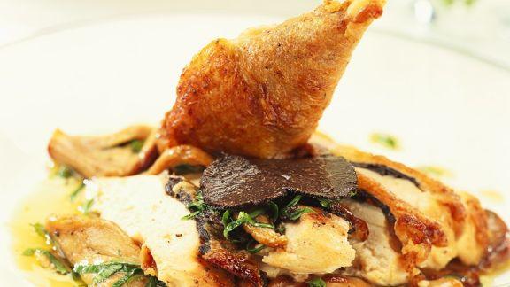 Rezept: Trüffel-Hähnchen mit Austernpilzen