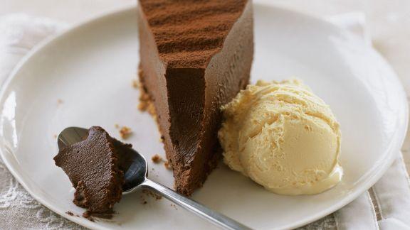 Rezept: Trüffel-Schokokuchen mit Vanilleeis