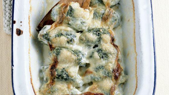 Rezept: Überbackene Mangold-Käse-Nockerl)