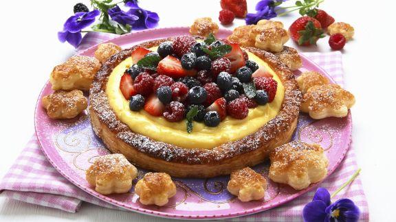 Rezept: Vanille-Beeren-Kuchen aus Blätterteig