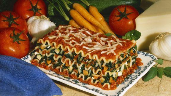 Rezept: Vegetarische Lasagne mit Spinat und Möhren
