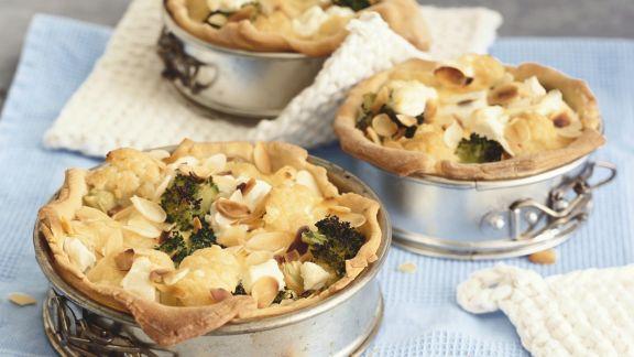 Rezept: Vegetarische Quiche mit Blumenkohl und Brokkoli