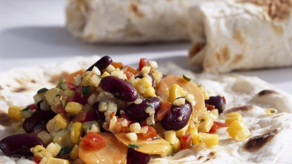 Rezept: Vegetarische Wraps mit Mais, Karotten und Kidneybohnen