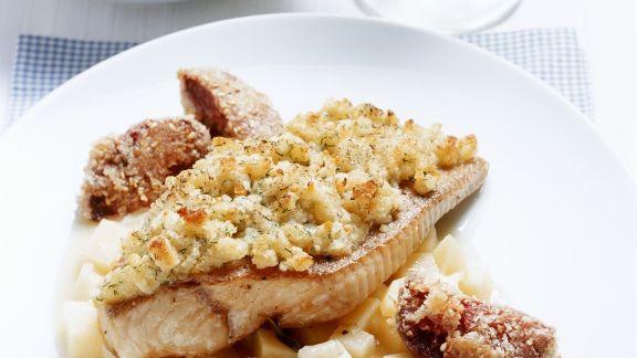 Rezept: Waller mit Meerrettichhaube und Kartoffel-Apfel-Gemüse