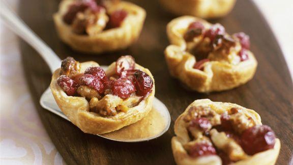 Rezept: Walnuss-Cranberry-Törtchen