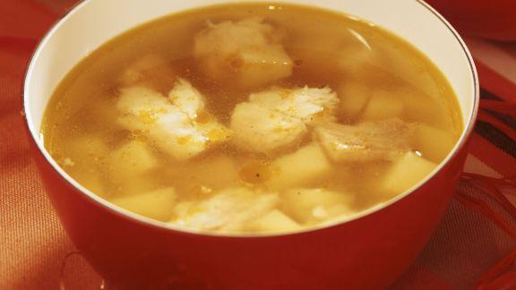 Rezept: Weihnachtliche Fisch-Kartoffelsuppe