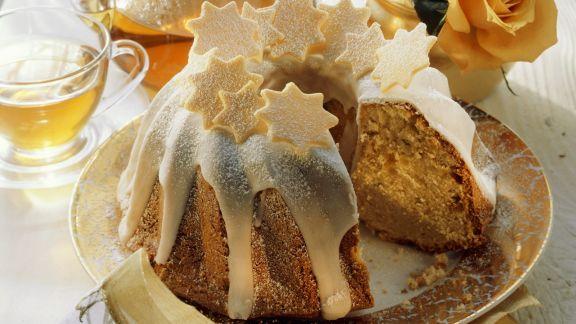 Rezept: Weihnachtlicher Gugelhupf