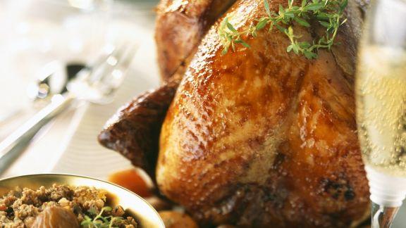 Rezept: Weihnachtlicher Putenbraten mit Maroni