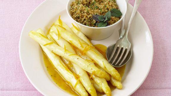 Rezept: Weißer Spargel mit Orangensauce und Couscous