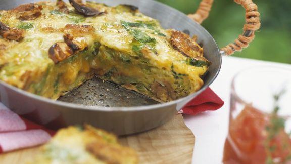 Rezept: Wirsing-Omelett nach italienischer Art mit Tomatendip