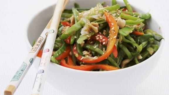 Rezept: Wok-Gemüse-Pfanne mit Cashewnüssen