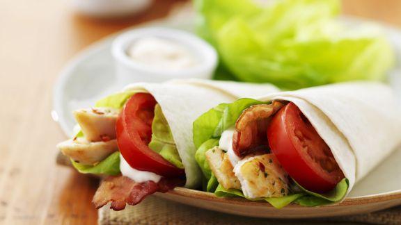 Rezept: Wraps mit Hähnchen und Tomaten