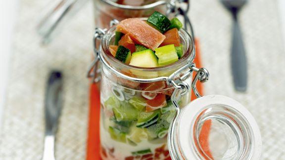 Rezept: Würfelgemüse mit Lachs