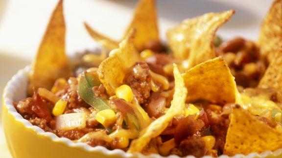 Rezept: Würziger Hackfleisch-Bohnen-Auflauf mit Nachos