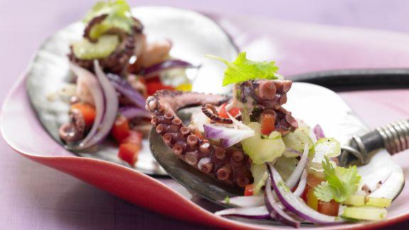 Rezept: Würziger Oktopus-Gemüse-Salat
