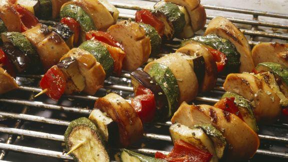 Rezept: Wurstspieße mit Gemüse