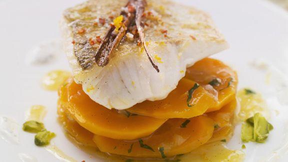 Rezept: Zander auf Karottensalat