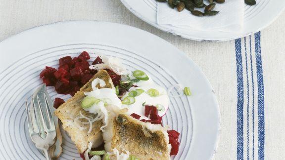 Rezept: Zander mit Meerrettich und Rote-Bete-Gemüse