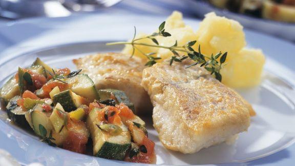 Rezept: Zander mit Zucchini-Tomaten-Gemüse