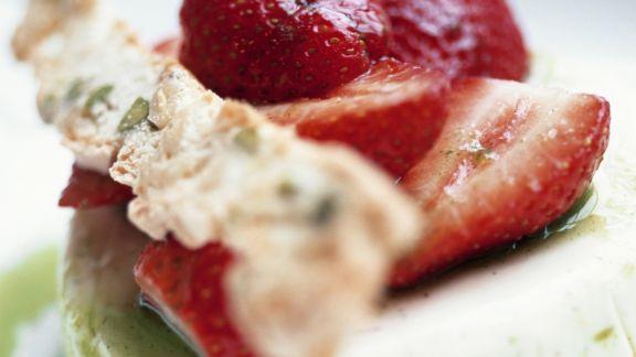 Rezept: Ziegenkäse mit Erdbeere auf Kiwispiegel