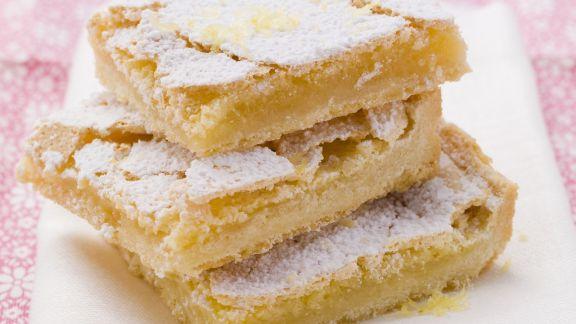 Rezept: Zitronen-Blechkuchen
