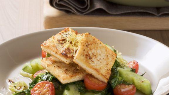Rezept: Zitronen-Senf-Tofu mit Gurkengemüse