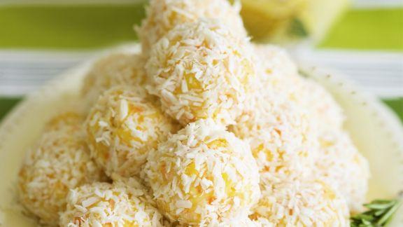 Rezept: Zitronige Frischkäse-Klößchen mit Parmesan