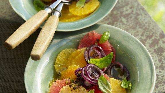 Rezept: Zitrusfrüchtesalat mit roten Zwiebeln
