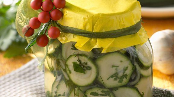 Rezept: Zucchini in Essig eingelegt