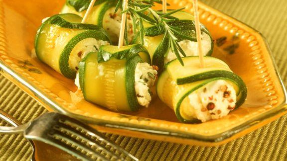 Rezept: Zucchini-Ziegenkäse-Häppchen