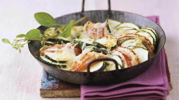 Rezept: Zucchinigratin mit Apfelscheiben