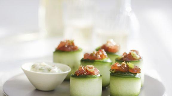Rezept: Zucchiniröllchen mit Thunfisch gefüllt