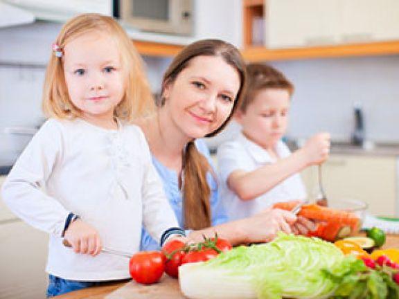 Kinderbesteck soll die Kleinen schützen. © evgenyatamanenko - Fotolia.com
