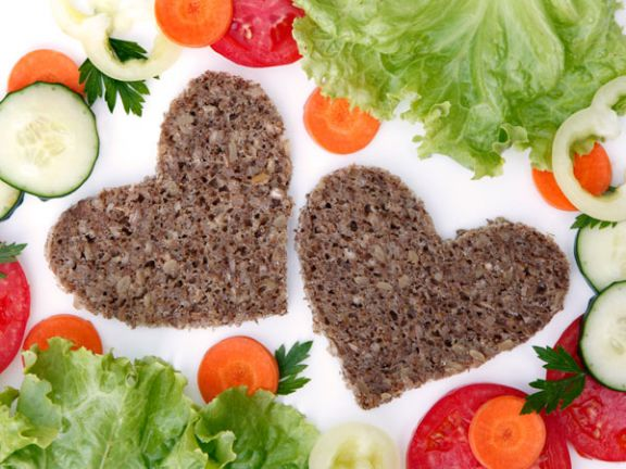 Salat, Gemüse und Brot