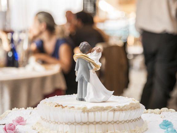 Nahaufnahme einer Hochzeitstorte