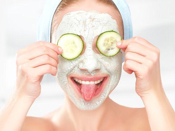 Gesichtsmasken selber machen | EAT SMARTER