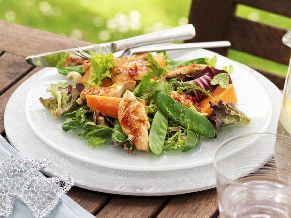 h hnchen papaya salat mit cashewn ssen rezept eat smarter. Black Bedroom Furniture Sets. Home Design Ideas