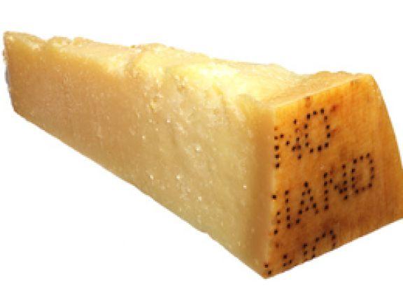 calciumquelle aus italien darum ist parmesan gesund eat smarter. Black Bedroom Furniture Sets. Home Design Ideas