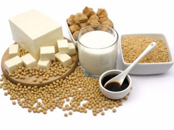 Es gibt viele vegetarische Lebensmittel auf Soja-Basis