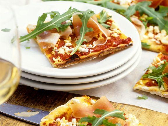 kartoffelpizza mit schafsk se rucola und schinken rezept eat smarter. Black Bedroom Furniture Sets. Home Design Ideas