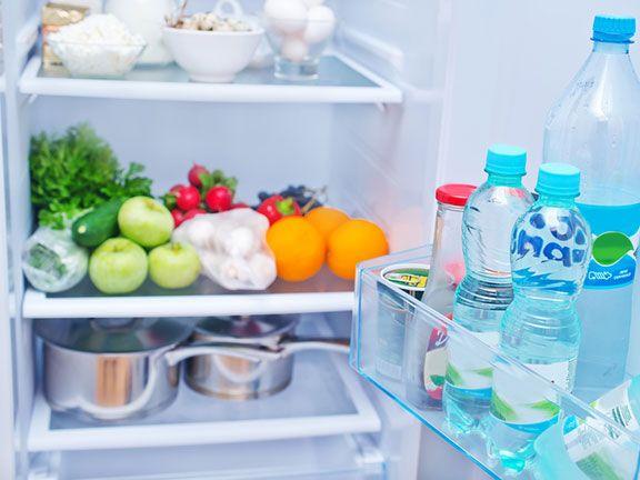 Lebensmittel im Kühlschrank