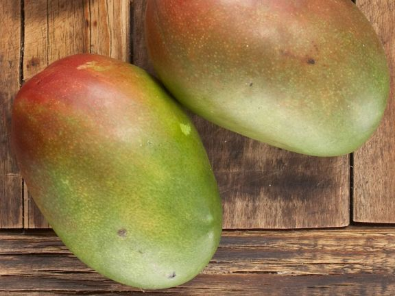 Mit diesen Tricks wird Mango schälen zum Kinderspiel.
