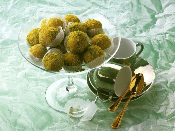 marzipan pistazien b llchen rezept eat smarter. Black Bedroom Furniture Sets. Home Design Ideas