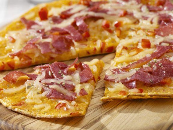 pfannkuchen mit pizzabelag rezept eat smarter. Black Bedroom Furniture Sets. Home Design Ideas