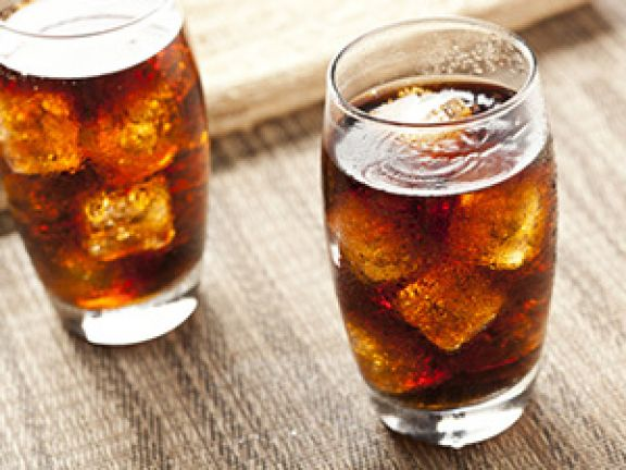 Säuerungsmittel und Säureregulatoren verleihen Getränken einen sauren Geschmack. © Brent Hofacker - Fotolia.com