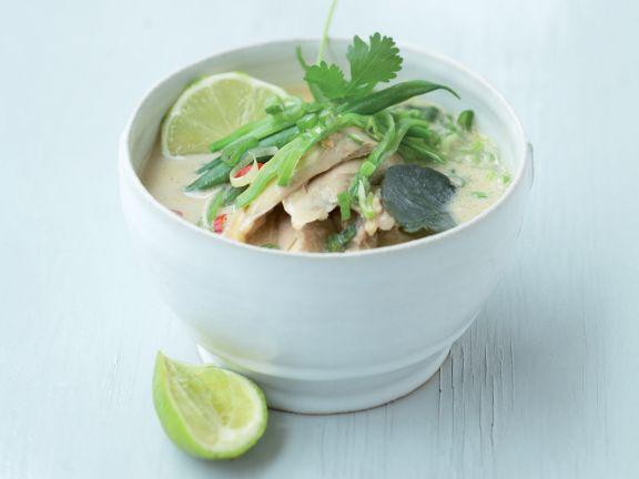 thail ndische h hnchen kokos suppe eat smarter. Black Bedroom Furniture Sets. Home Design Ideas