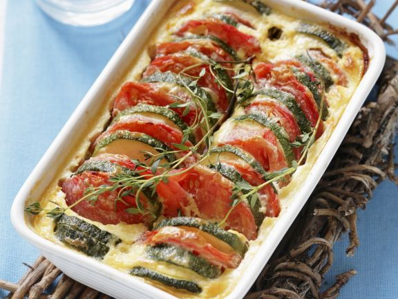 tomaten zucchini auflauf rezept eat smarter. Black Bedroom Furniture Sets. Home Design Ideas