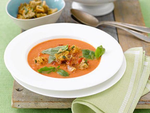 Cremig: Tomatencremesuppe mit Panchetta